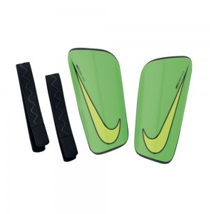 Nike Hard Shell Slip-In Parastinchi